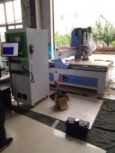 CNC гравирање машина