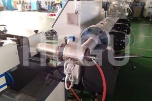 नालीदार पाइप मशीन पीपी रैपिंग इस्पात तार नालीदार पाइप मशीन